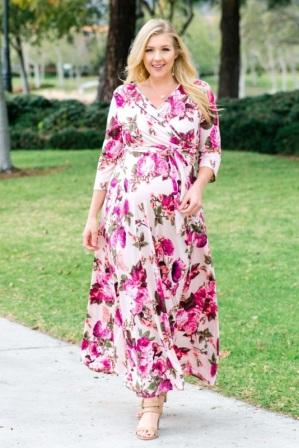 Stunning Plus Size Floral Dress with Sleeves