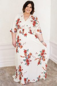 Plus Size Floral Maxi Dress with 3by4 sleeves