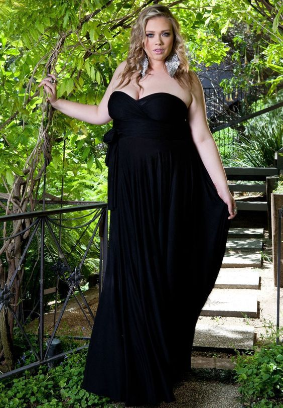 Black Plus Size Infinity Dress