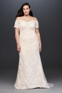 Lace Wedding Dress For Plus Size