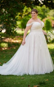 Off Shoulder Wedding Dress For Bides