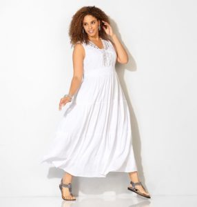 White Sundress in Plus Size
