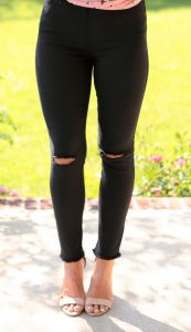 Plus Size Knee Ripped Jeggings