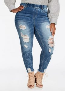 Plus Size Ripped Jeggings